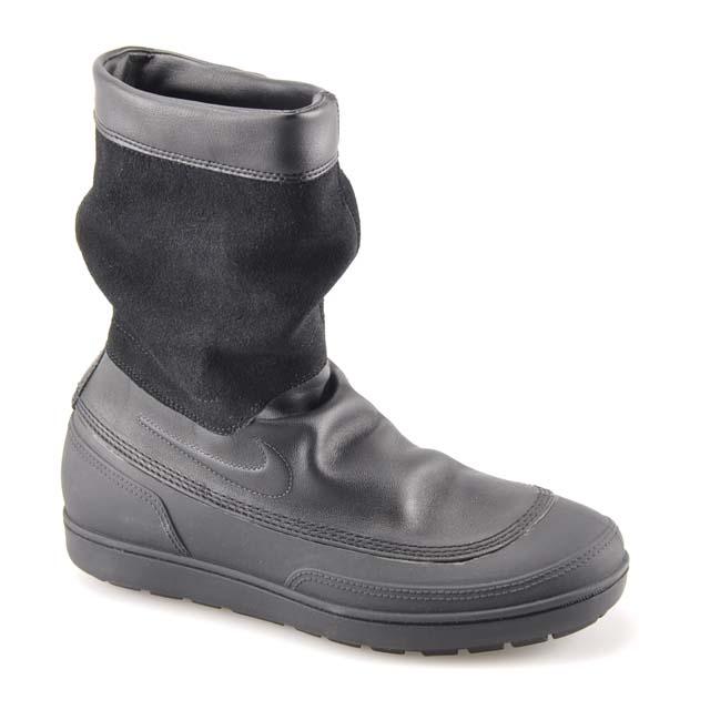 Schwarz Nike Aegina MID